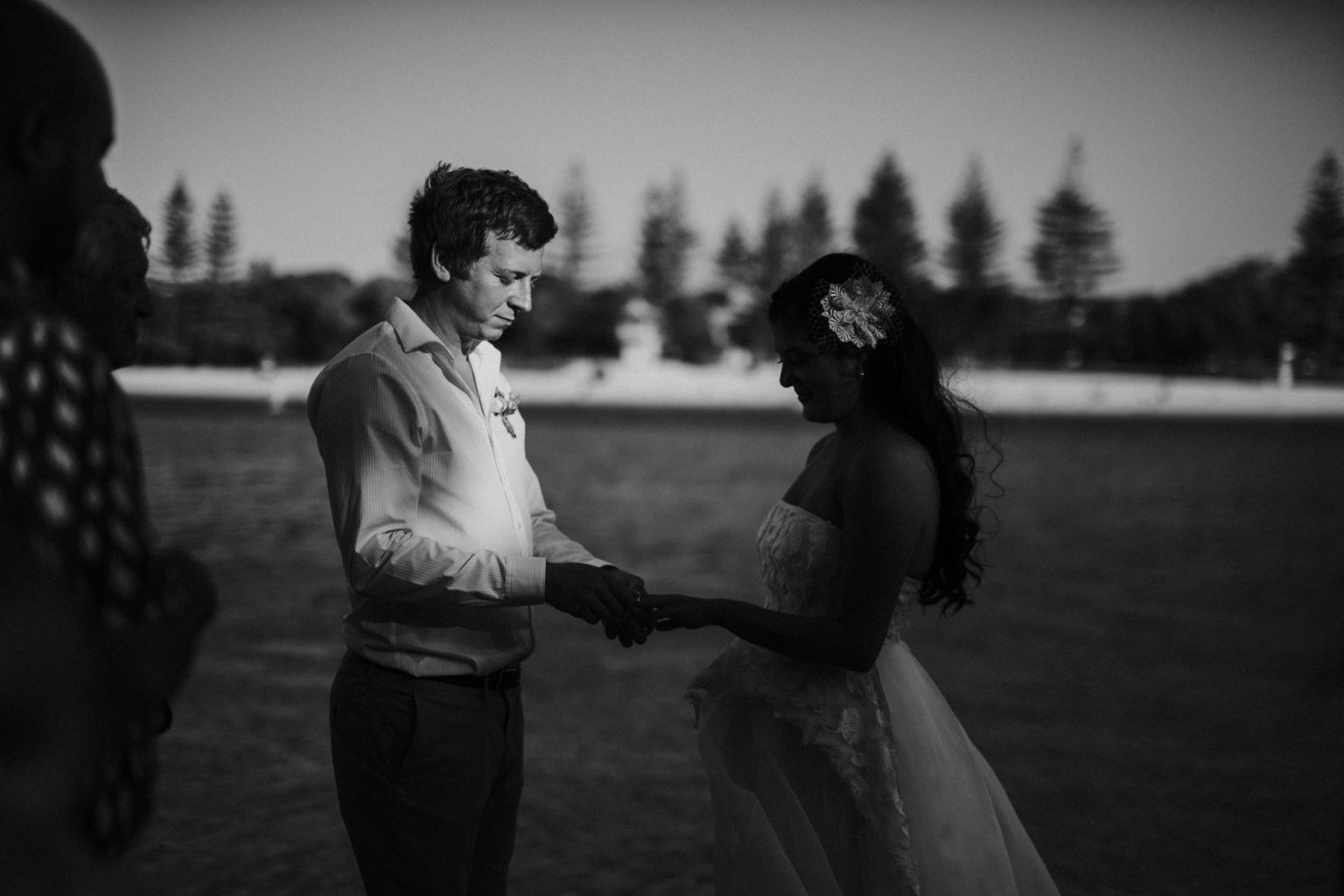 bride and groom rings echo beach burleigh