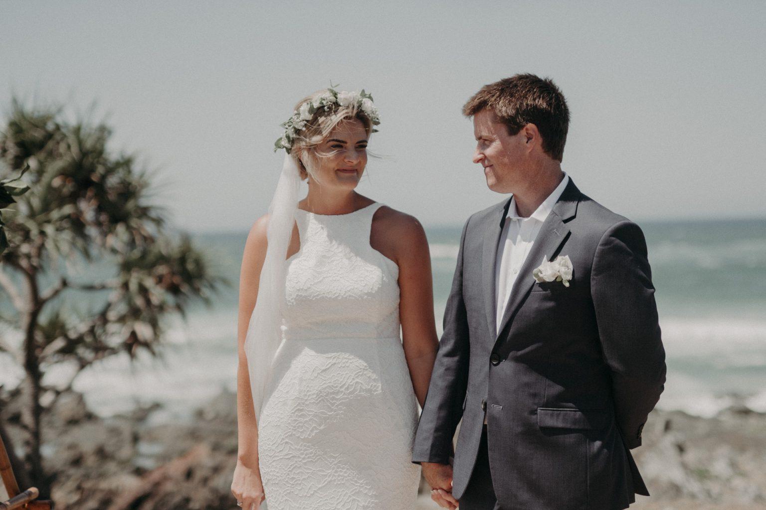 bride groom cliffside wedding ceremony