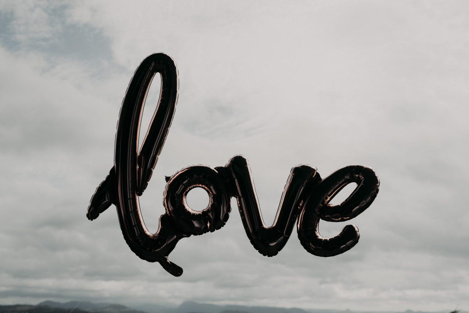 love balloon against sky