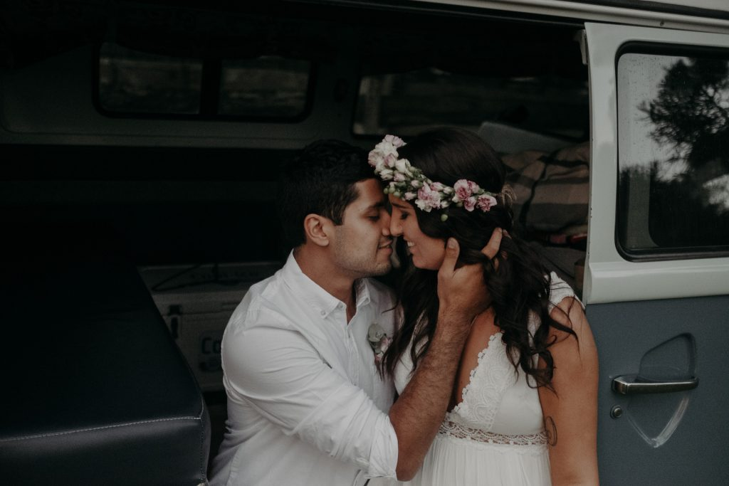 bride groom sitting in kombi brunette flower crown