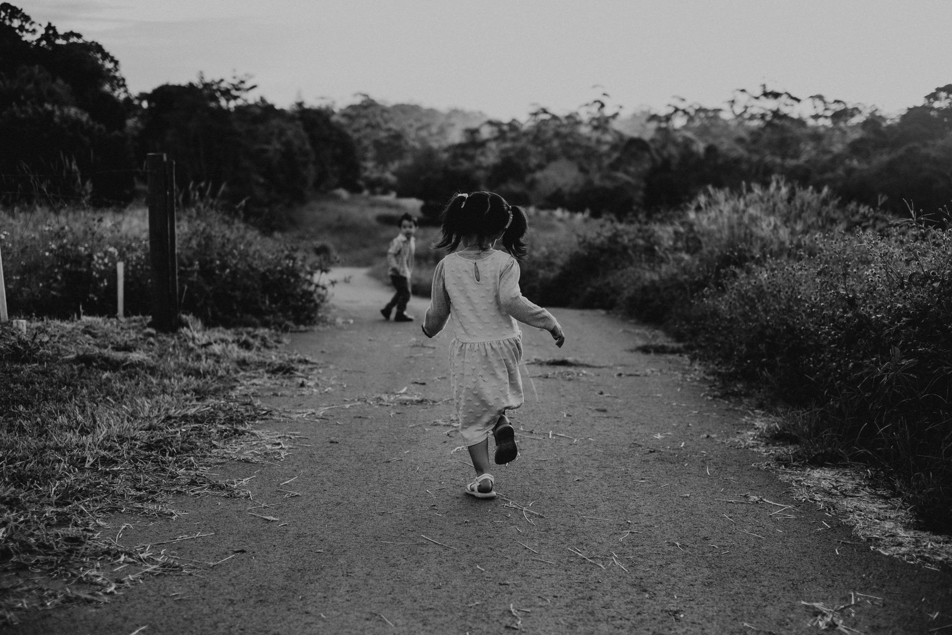 little girl running down country lane mt tamborine
