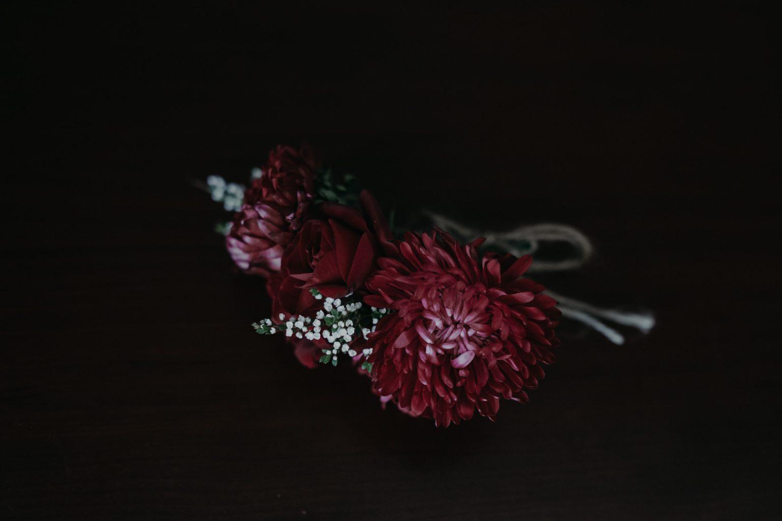boutonnière flowers