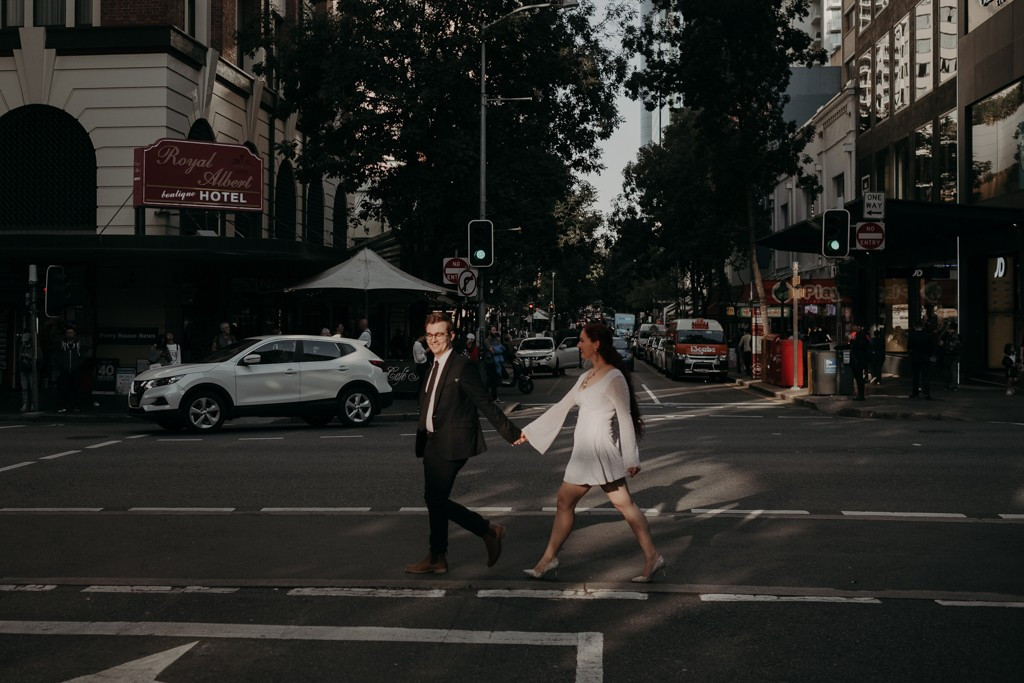 bride groom brisbane elopement cross walk