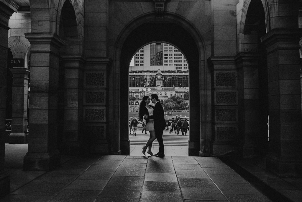 bride groom brisbane elopement wall GPO